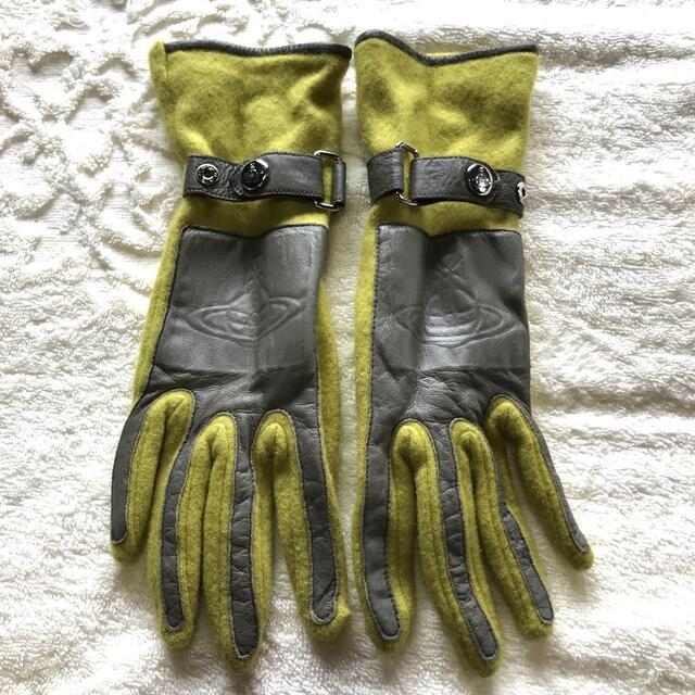 Vivienne Westwood(ヴィヴィアンウエストウッド)のビビアン 手袋 グリーン 黄緑色 レディース レディースのファッション小物(手袋)の商品写真