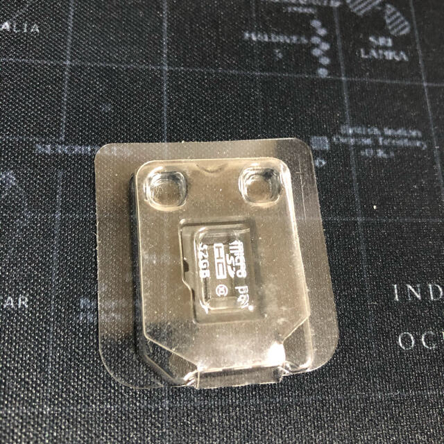 Nintendo Switch(ニンテンドースイッチ)のスイッチライト本体 ソフト SDカード 2枚 充電器 エンタメ/ホビーのゲームソフト/ゲーム機本体(家庭用ゲーム機本体)の商品写真