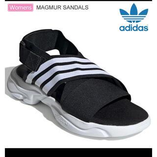 アディダス(adidas)のアディダス MAGMUR SANDALS ブラック ホワイト 23.5(サンダル)