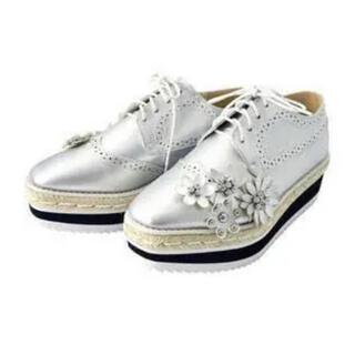 チェスティ(Chesty)のチェスティ 厚底 オックスフォード ビジュー(ローファー/革靴)
