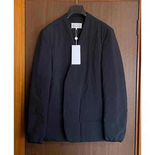 マルタンマルジェラ(Maison Martin Margiela)の黒48新品 メゾン マルジェラ ダウン ノーカラージャケット カーディガン(ノーカラージャケット)