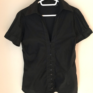ザラ(ZARA)の☆ZARAザラベーシックシャツ☆(シャツ/ブラウス(半袖/袖なし))