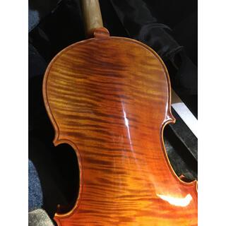 5万円の付属品付 新品工房製バイオリン 4/4 美しい自然1ピーストラ目メープル(ヴァイオリン)
