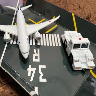 ANA 飛行機 トーイングカー模型 セット(航空機)