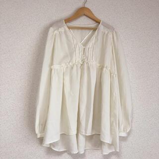 ジーユー(GU)の♪ ジーユー大きいサイズ ゆったり袖、Aラインチュニック 新品タグ付き♪(チュニック)
