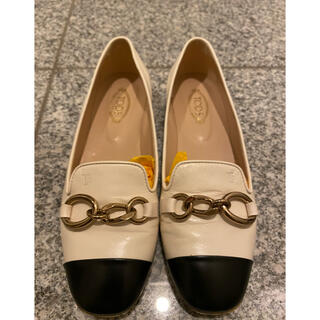 トッズ(TOD'S)のTOD'S トッズ フラットシューズ ローファー モカシン バイカラー 35(ローファー/革靴)
