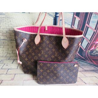 LOUIS VUITTON - Louis Vuitton Neverfull MM Bag