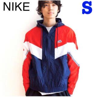 ナイキ(NIKE)の新品 ナイキ ウィンドランナー+ フーデッドジャケットS(ナイロンジャケット)