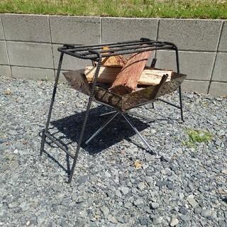 ユニフレーム(UNIFLAME)のユニフレーム ファイアグリル 焚き火台 BBQ アイアンレッグ&ロストル(ストーブ/コンロ)