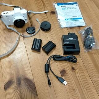 ニコン(Nikon)のNIKON V1 パンケーキレンズ(ミラーレス一眼)