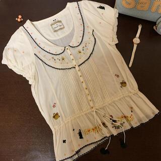 フランシュリッペ(franche lippee)の白雪姫刺繍ブラウス(シャツ/ブラウス(半袖/袖なし))