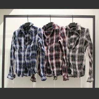 アタッチメント(ATTACHIMENT)のジュンハシモト 福山雅治さん着用同型 フックシャツ 美品! サイズ2 レッド(シャツ)