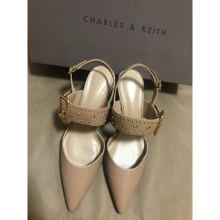 Charles and Keith - charles&keith スタッズ スリングバックヒール