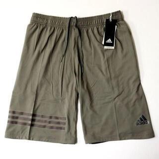 アディダス(adidas)のOサイズ(新品)アディダス ハーフパンツ 短パン カーキEAU77(その他)