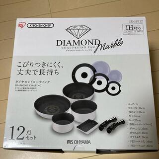アイリスオーヤマ(アイリスオーヤマ)の新品・未使用 アイリスオーヤマ IH対応 ダイヤモンドコート フライパン 12点(鍋/フライパン)