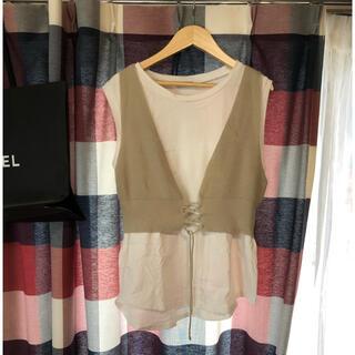 ジーユー(GU)の袖なしTシャツベスト付き(Tシャツ(半袖/袖なし))
