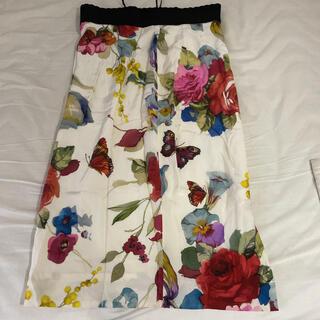 ドルチェアンドガッバーナ(DOLCE&GABBANA)のドルチェ&ガッバーナ シルク 花柄スカート36(ひざ丈スカート)