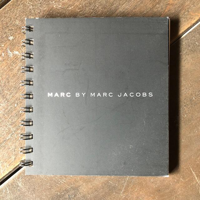 MARC BY MARC JACOBS(マークバイマークジェイコブス)のMARK BY MARK JACOBS 2008年春夏物カタログ エンタメ/ホビーの本(ファッション/美容)の商品写真