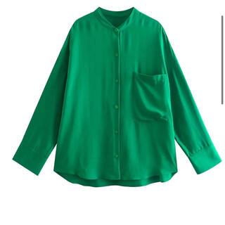 ザラ(ZARA)の新品★グリーン シャツ長袖 ZARA UNIQLO  (シャツ/ブラウス(長袖/七分))