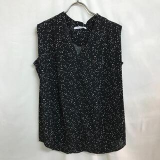 ローズバッド(ROSE BUD)の8509 ローズバッド Vネックノースリーブブラウス ブラック(シャツ/ブラウス(半袖/袖なし))