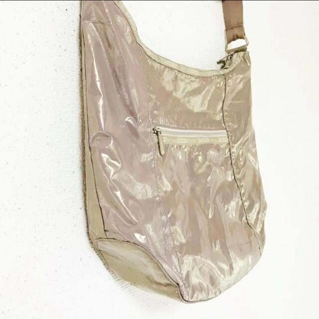 LeSportsac(レスポートサック)のベージュゴールドが綺麗✨‼️❤️Lesportsac❤️ショルダーバッグ レディースのバッグ(ショルダーバッグ)の商品写真