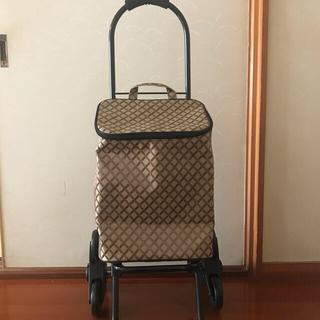 キャリー鞄(スーツケース/キャリーバッグ)