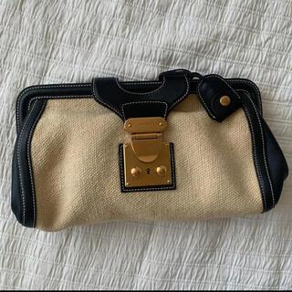 ミュウミュウ(miumiu)のmiumiu キャンバス地 オフホワイト×ブラック  クラッチバッグ 鞄(クラッチバッグ)