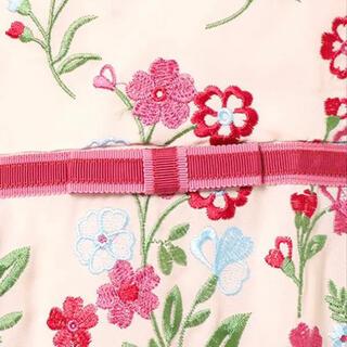 ローズティアラ(Rose Tiara)の[新品紙タグ付き]ローズティアラ ジュエル 刺繍ワンピース42(ひざ丈ワンピース)