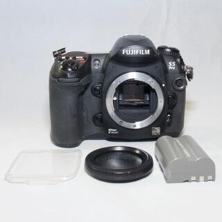 フジフイルム(富士フイルム)のFujifilm FinePix S5 Pro(付属品多数)(デジタル一眼)