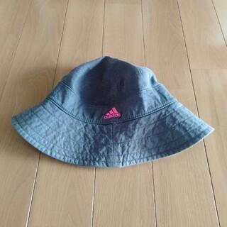 アディダス(adidas)のadidas 帽子(ニット帽/ビーニー)