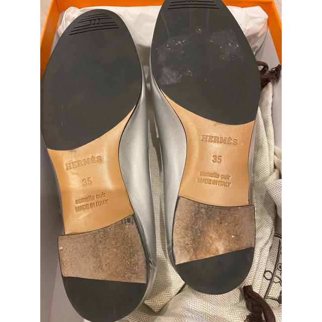 Hermes(エルメス)のエルメス モカシン ローファー  シルバー 35 美品 レディースの靴/シューズ(ローファー/革靴)の商品写真