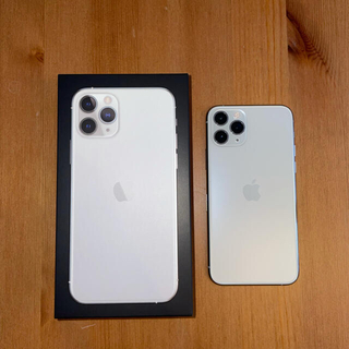 Apple - SIMフリー iPhone11pro 512GB silver