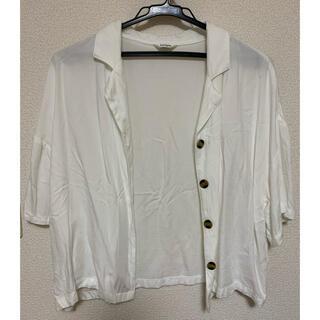 シマムラ(しまむら)のしまむら ホワイト シャツ (シャツ/ブラウス(半袖/袖なし))