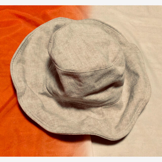 ユニクロ(UNIQLO)のUNIQLO★ハット帽子★ベージュ(ハット)