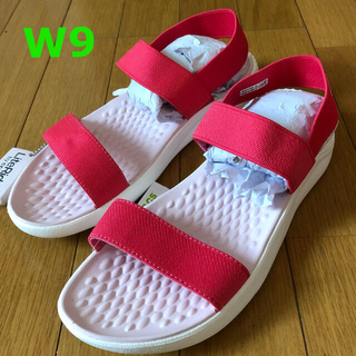 crocs - 新品 クロックス ライトライド サンダル W9 25.25.5 ポピー×白