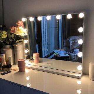 【新品最安値挑戦!】FENCHILIN 化粧鏡15個LED電球付き58x46cm(スタンドミラー)