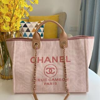 CHANEL - CHANEL ピンク  バッグ