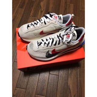 26 Sacai × Nike Vaporwaffle CV1363-001(スニーカー)