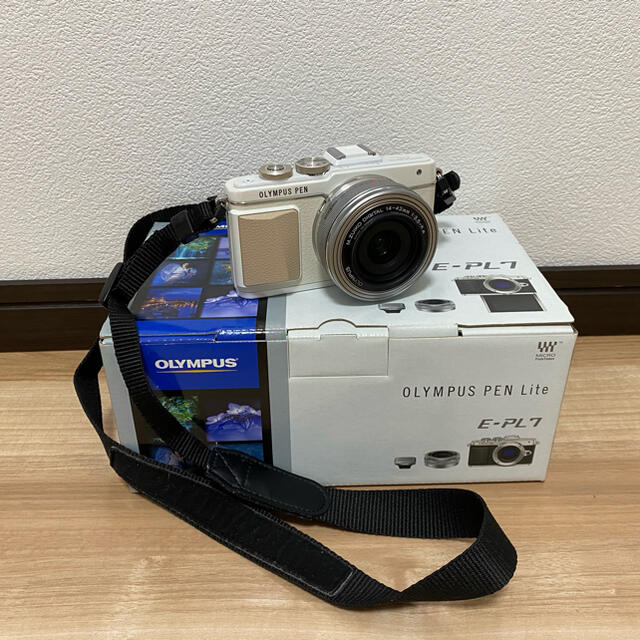 OLYMPUS(オリンパス)のOLYMPUS PEN Lite E-PL7 スマホ/家電/カメラのカメラ(ミラーレス一眼)の商品写真