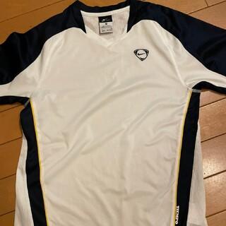 ナイキ(NIKE)のNIKE!白Tシャツ!ジュニアサイズ!(Tシャツ/カットソー)
