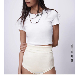 ザラ(ZARA)のZARA クロップドTシャツ(Tシャツ(半袖/袖なし))