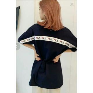 ジェイダ(GYDA)のGYDA FILA BACK LINE BIG Tシャツ 半袖 ブラック (Tシャツ(半袖/袖なし))