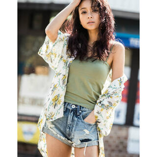 ジェイダ(GYDA)のGYDA  オリジナルパイナップルパターンBIGシャツ(シャツ/ブラウス(半袖/袖なし))