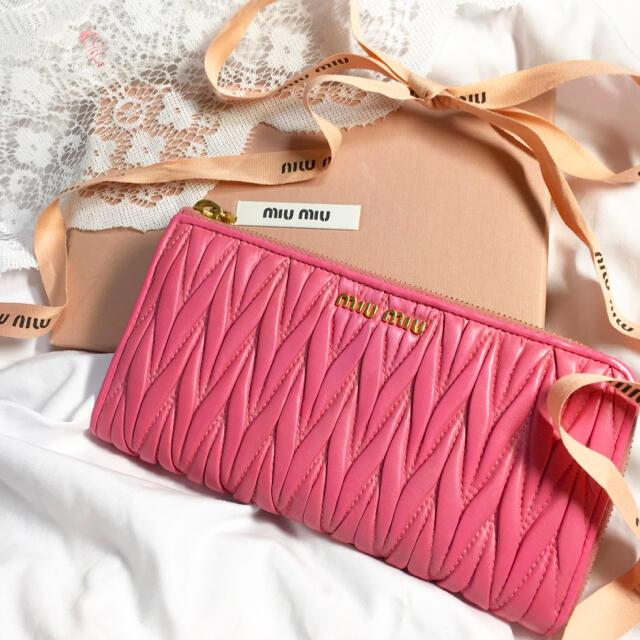 miumiu(ミュウミュウ)の♡ミュウミュウ miumiu マテラッセ 長財布 美品 ♡ レディースのファッション小物(財布)の商品写真