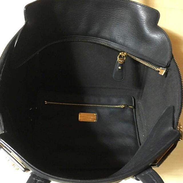 Salvatore Ferragamo(サルヴァトーレフェラガモ)のSalvatore Ferragamo ショルダーバッグ レディースのバッグ(ハンドバッグ)の商品写真