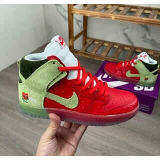 ナイキ(NIKE)の[ナイキ]Nike Dunk SB Low Pro(スニーカー)