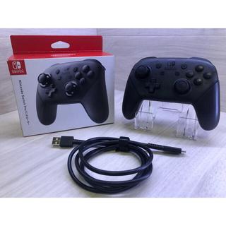 ニンテンドースイッチ(Nintendo Switch)の約1年保証のほぼ新品!Nintendo Switch純正プロコントローラー(その他)