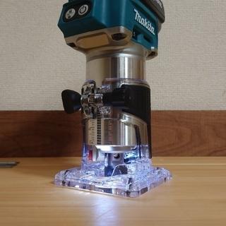マキタ(Makita)のマキタ 18V 新品 充電式トリマー RT50D(工具/メンテナンス)