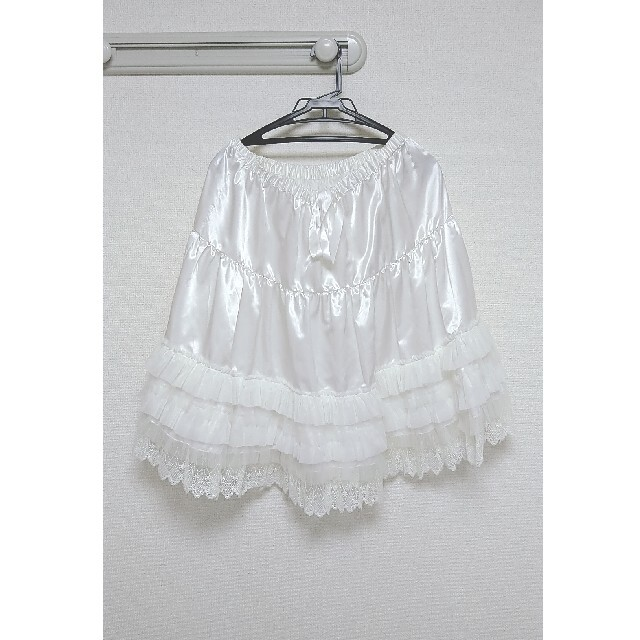BABY,THE STARS SHINE BRIGHT(ベイビーザスターズシャインブライト)のフリルレースペチコート(オフ白)BABY レディースのスカート(ひざ丈スカート)の商品写真