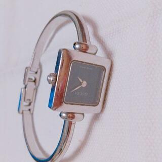 グッチ(Gucci)のGUCCI シルバー時計 美品(腕時計)